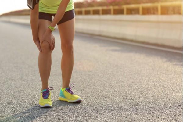 Joelho de corredor: entenda como essa dor surge e formas de tratar